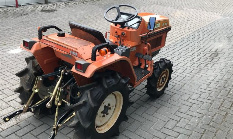 Kubota B1-14 Bulltra minitractor 4x4