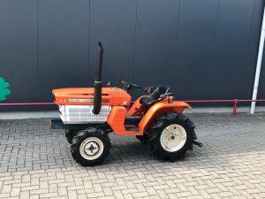 Kubota ZB1400 4x4 minitractor (3)